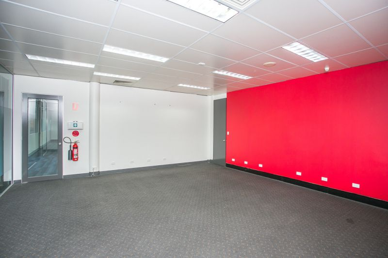 PRIME OFFICE / CO-LAB WORKING SPACES