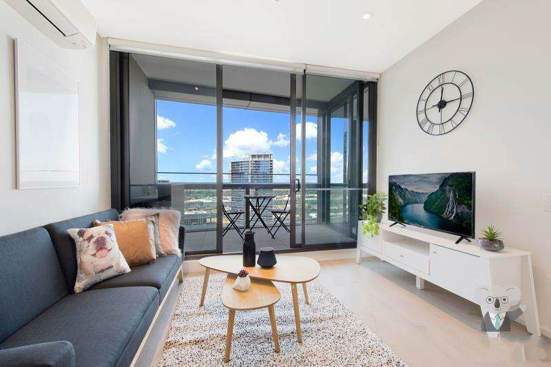 Amazing Two-Bed Furnished Apartment In Dynamic Docklands