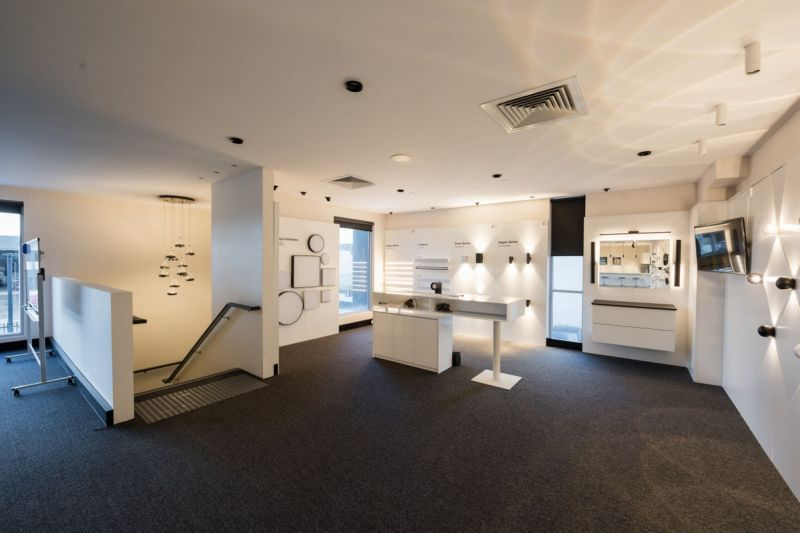 IMPRESSIVE FACILITY - COMPLETE FIT OUT