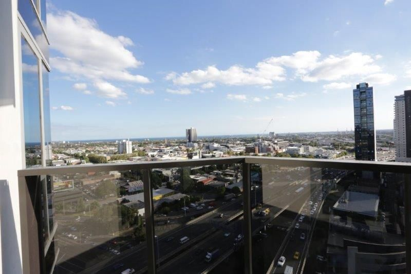 Macro Apartment 19th floor -  Brand New Spacious Two Bedrooms with Bay View!