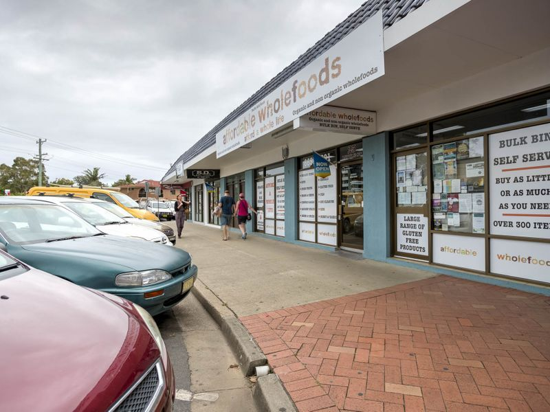 SOLD BY LJ HOOKER COMMERCIAL & BURGESS RAWSON