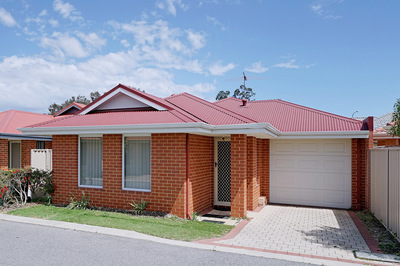 Easy care, neat and tidy with light, bright & neutral décor this home will suit anyone.