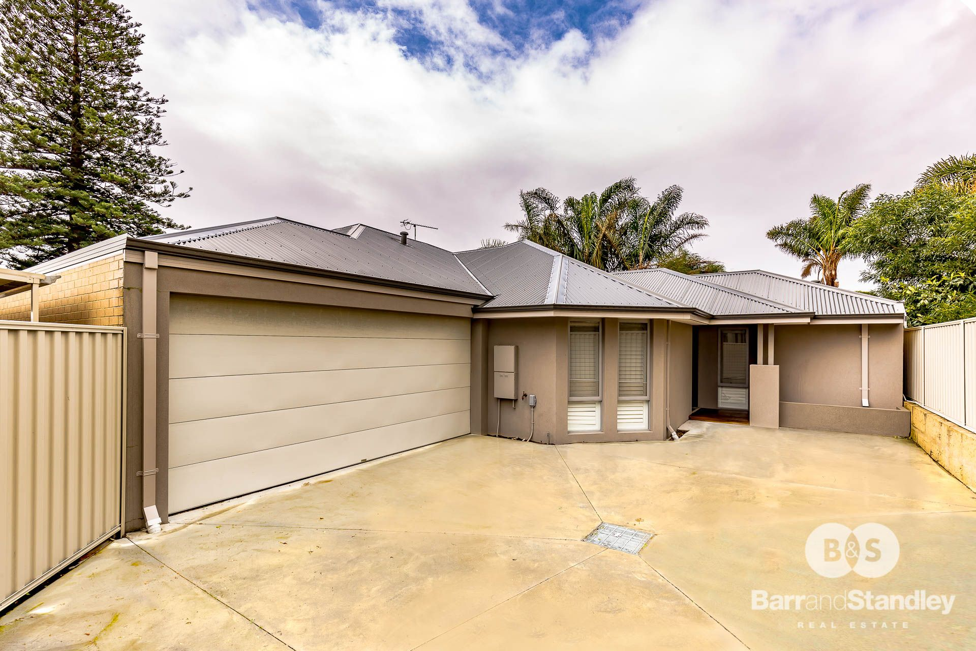 5a Moolyeen Road, Carey Park