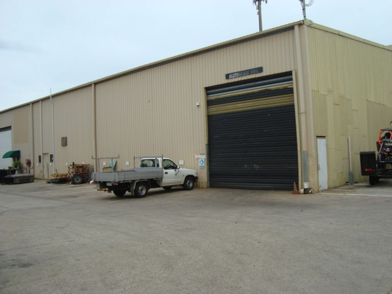 Large industrial warehouse - Corporate Park