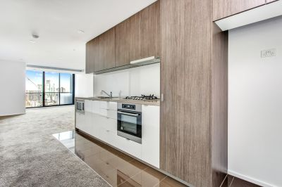 Brilliantly Positioned, Modern and Spacious 2 Bedroom, 2 Bathroom Apartment in Stylish Southbank!
