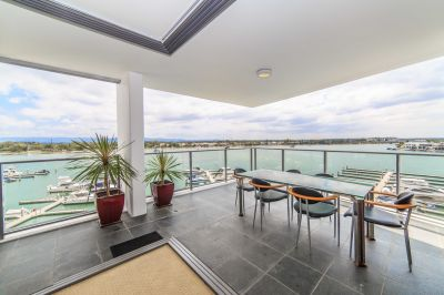 Stunning Broadwater Views from Private North-to-Water Corner Apartment