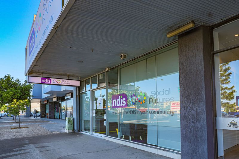 BLUE CHIP TWEED CBD - OFFICES / RETAIL SPACE