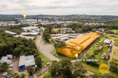 One of a kind 6000m2 building /warehouse facility.
