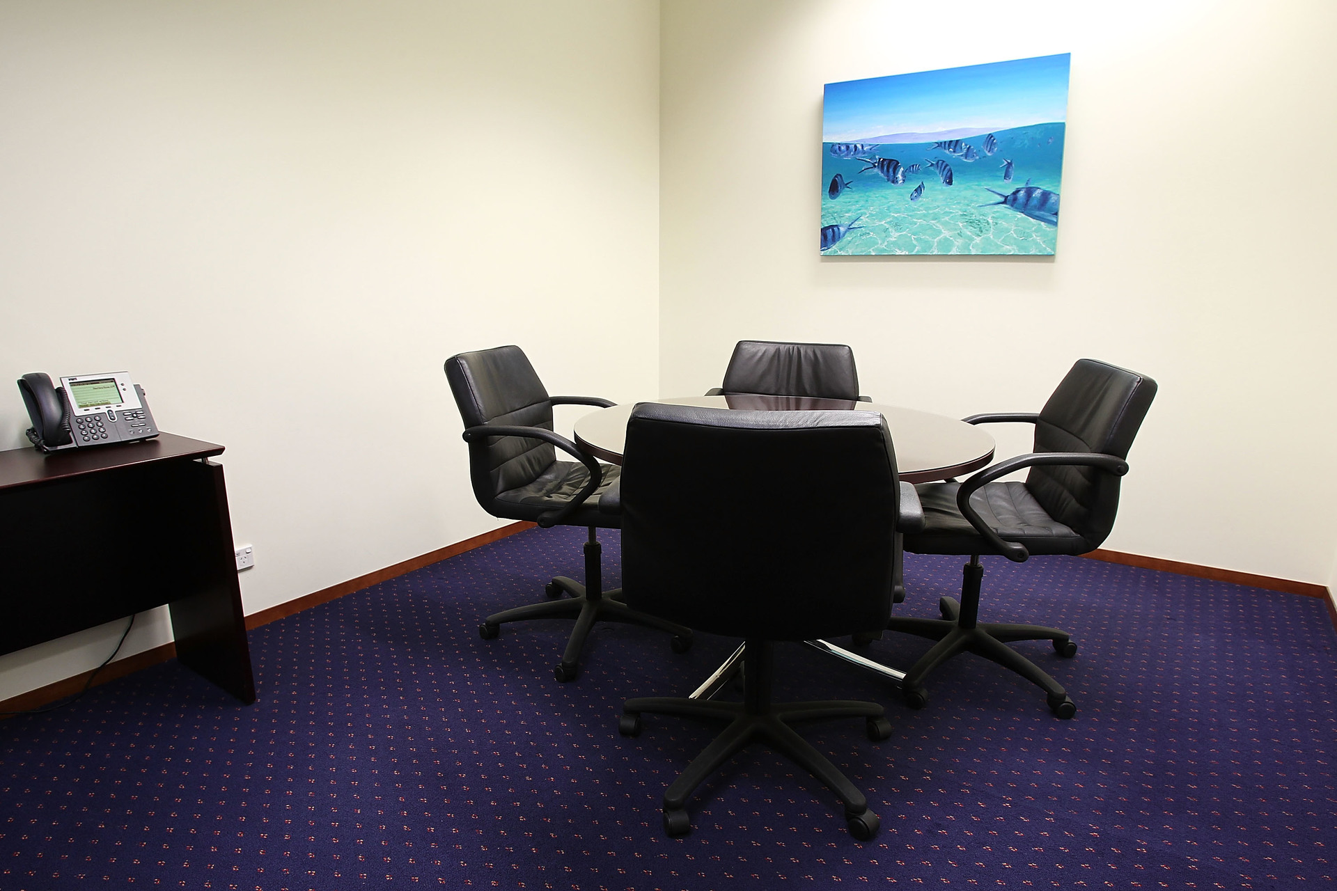 HIGH-QUALITY FITTED OFFICE IN THE HEART OF THE MELBOURNE WITH EXCLUSIVE VIEWS