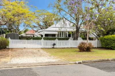 AUCTION - Character Cottage In Prime Location