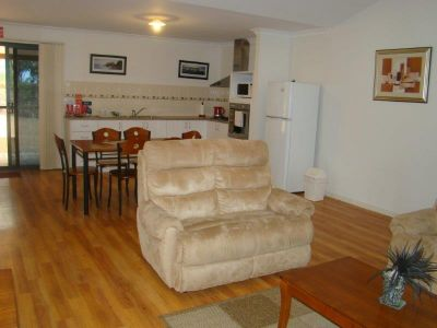 Fully Furnished and Self contained 3 AVAILABLE