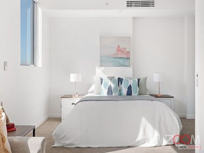 Contemporary, light- filled studio in Burwood