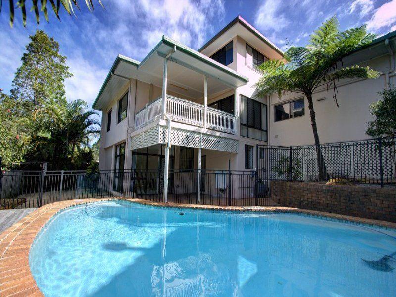 27 Highland Terrace St Lucia 4067