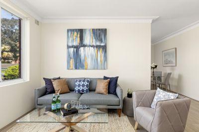 AUCTION | CONVENIENT & STYLISH LIVING