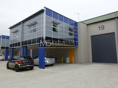 175sqm - Modern & SECURE Warehouse/Office Combo