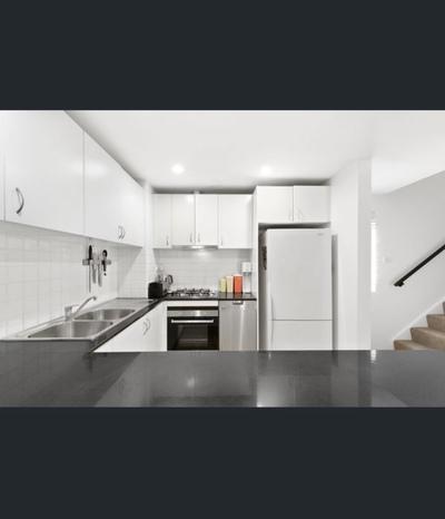Warehouse Conversion 2 bedroom apartment - Deposit taken