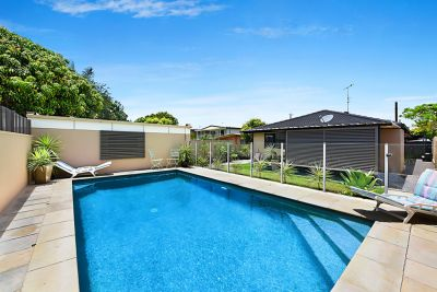 Renovated Home with Pool, Man-Cave' and Fully-Fenced Yard