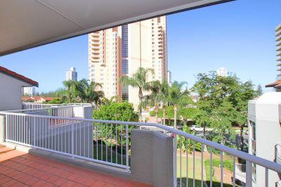 Huge Exclusive Rooftop Terrace!
