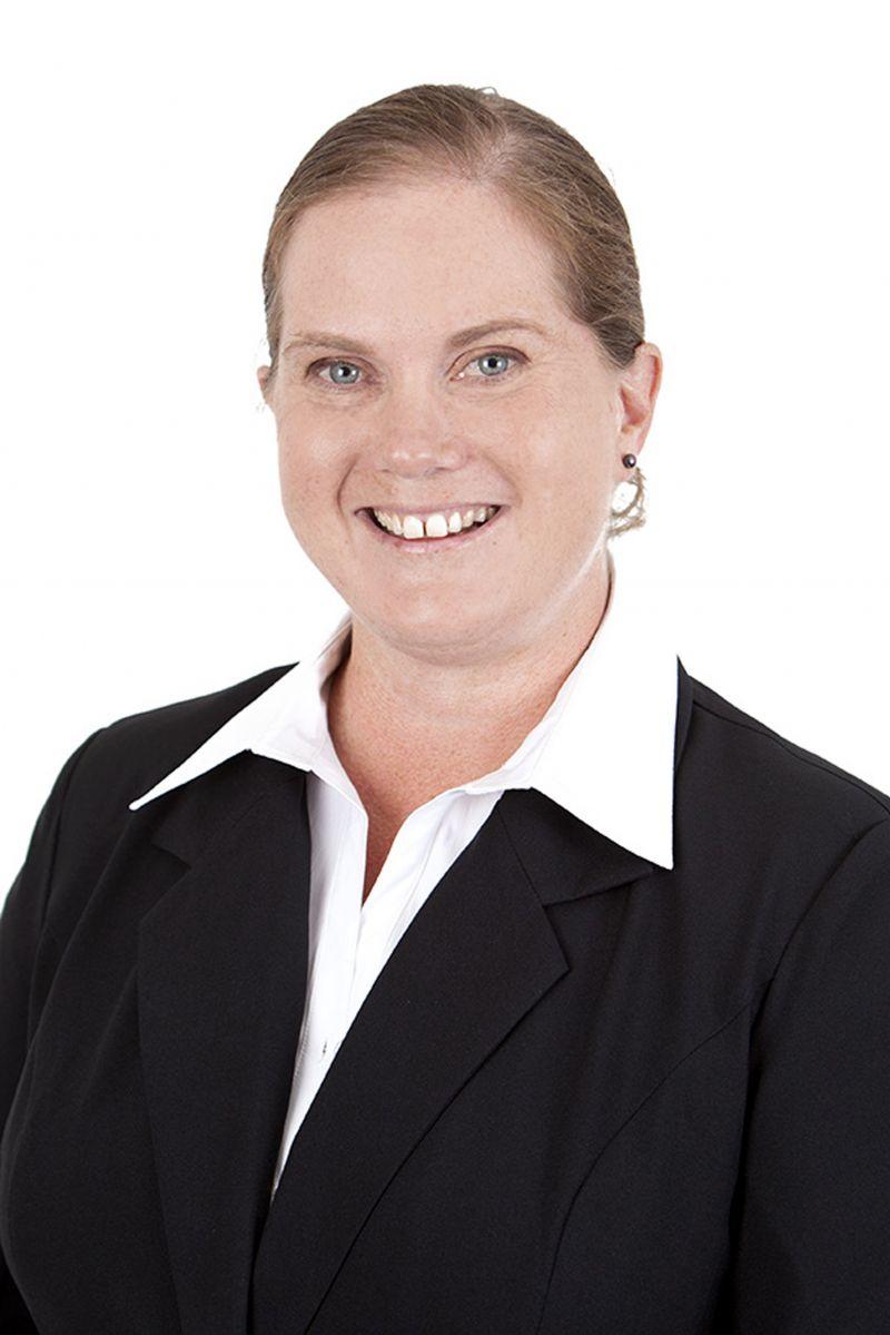 Lizette Lewis