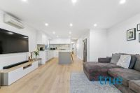 LUXURIOUS, CONTEMPORARY AND EXCEPTIONALLY LOCATED