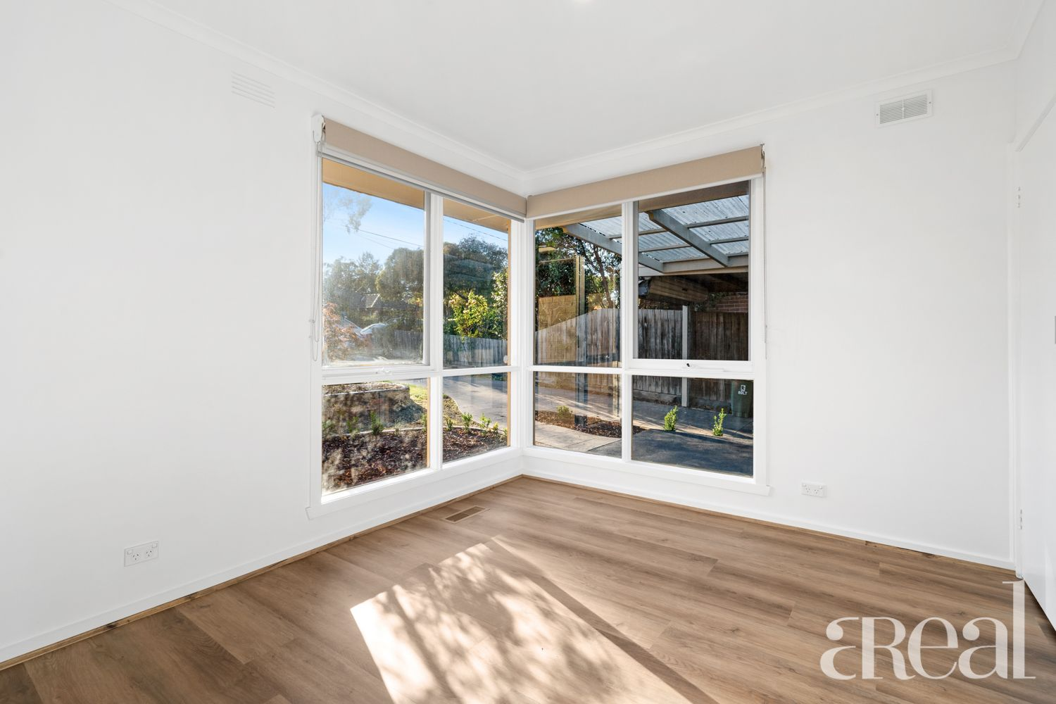 39 Roberts Avenue, Box Hill South VIC