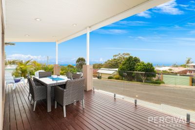 Renovated Shelly Beach Haven With Ocean View