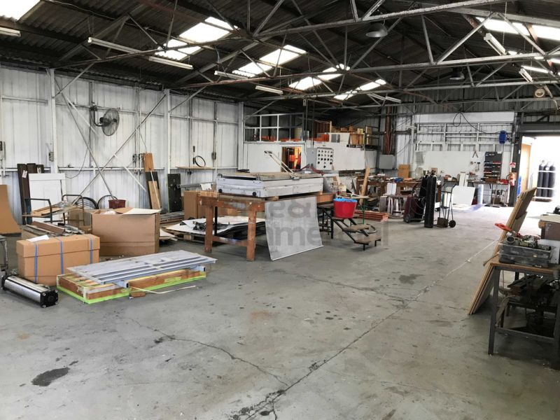 Huge Industrial Space in the Heart of Brookvale