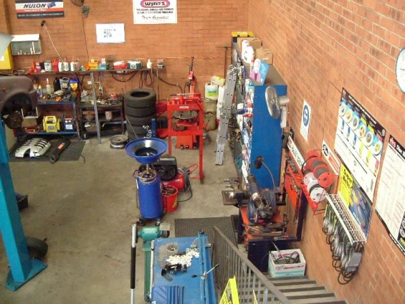 Motor Vehicle Service & Repairs Centre