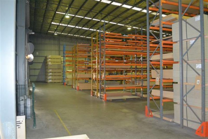 High Clearance Warehouse Covered Loading