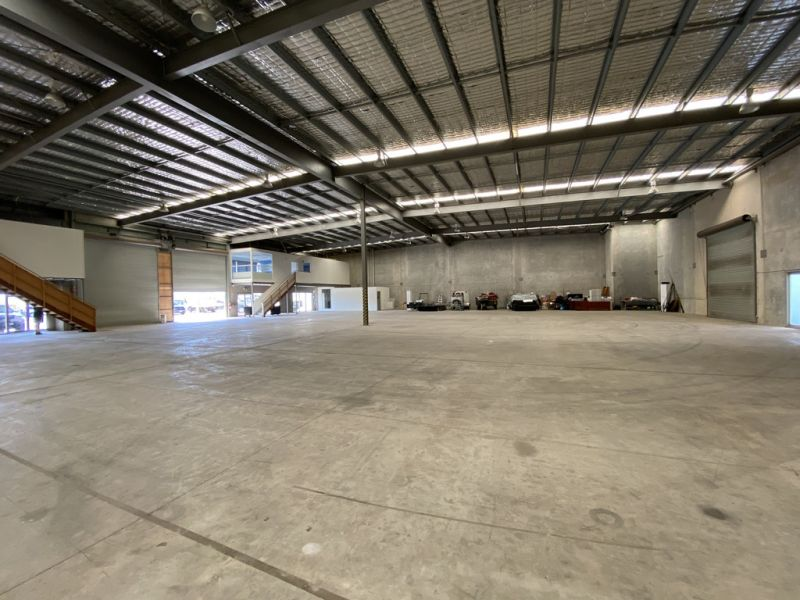 Fully Fitted Out Warehouse