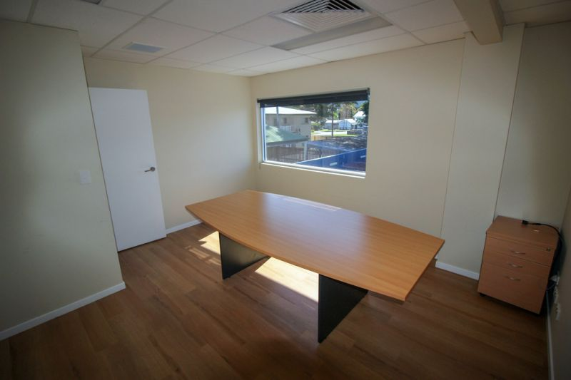 First Floor 140 sqm Office For Lease