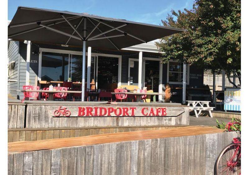 Licensed Leasehold Seaside Cafe - Bridport, TAS