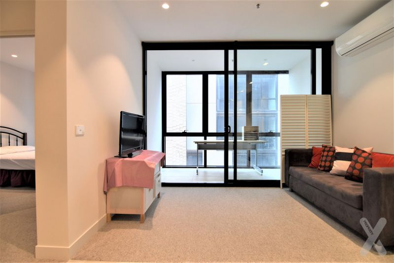NEGOTIABLE - Modern and Furnished/Unfurnished  1 Bedroom - Flexible with furnishings