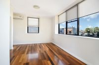 8/426 Cleveland Street Surry Hills, Nsw