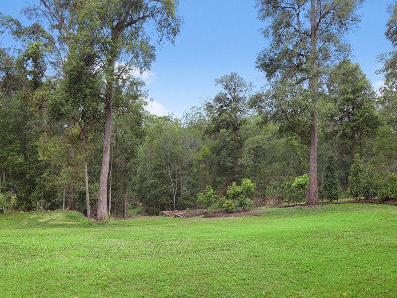 124 Forest Acres Drive, Lake Macdonald QLD 4563