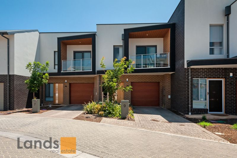 Superbly Appointed Townhouse in The Square at Woodville West.