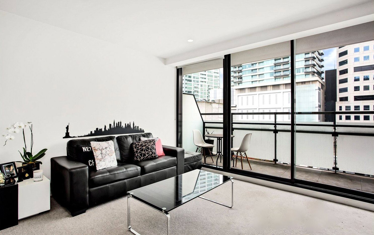 Essence: Stunning One Bedroom Apartment with Everything at Doorstep!