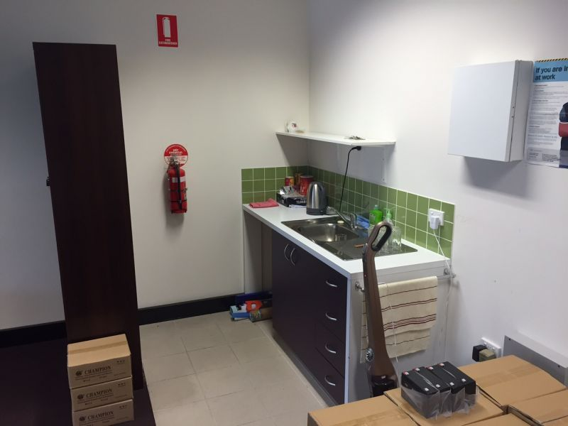 BUDGET GROUND FLOOR OFFICE WITH PARKING