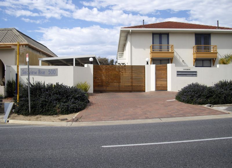 For Rent By Owner:: Henley Beach, SA 5022
