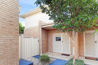 Excellent investment or live in opportunity with fantastic access to CBD