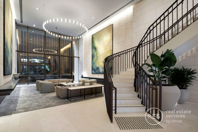 Sophisticated and Stylish East Melbourne Living