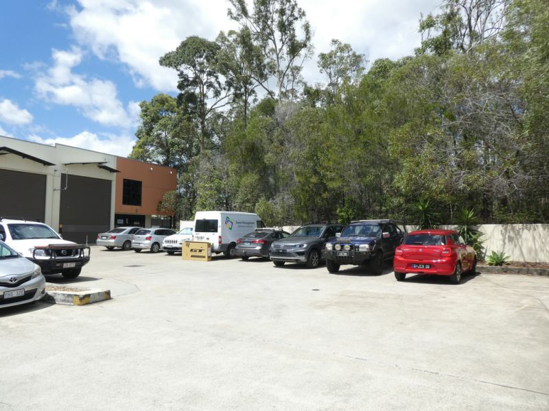 For Sale Or For Lease - 309m2* Of Modern Warehouse And Office Unit