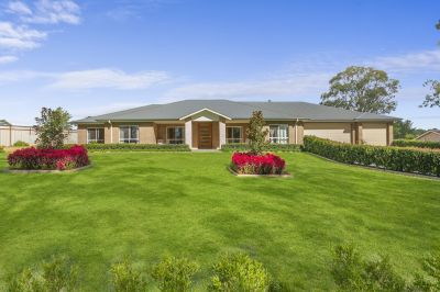 Magnificent Home on 1 Acre in Wilton