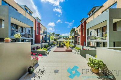 SPLIT-LEVEL TWO BEDROOM RESIDENCE IN HIGHLY SOUGHT AFTER LOCATION
