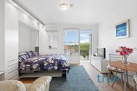 FULLY FURNISHED, PERFECTLY LOCATED TOP FLOOR STUDIO APARTMENT