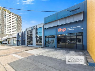 HIGHLY EXPOSED FULLY FITTED OFFICE | MOMENTS FROM KING ST!