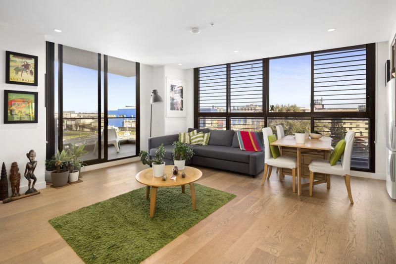 Bright Apartment in Lifestyle Complex