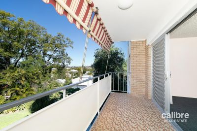 Unit with views and Air Conditioning