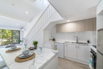 Luxury Living in a Hidden Surfers Paradise Pocket