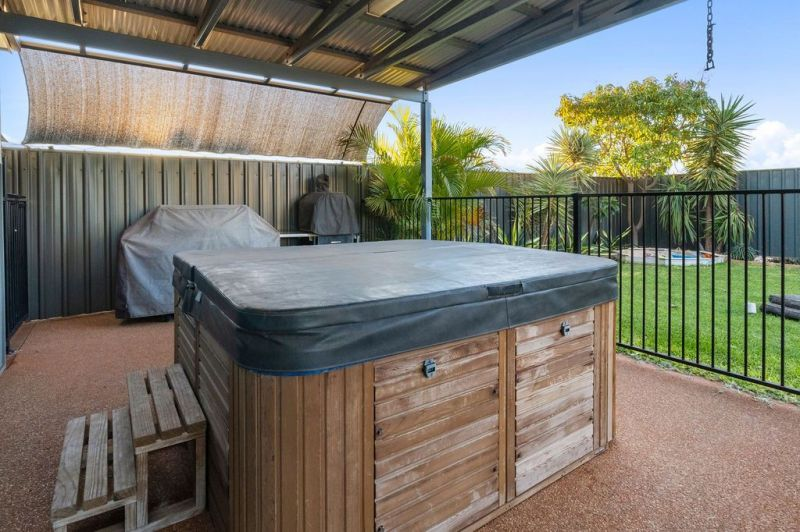 For Sale By Owner: 6 Searaven Crescent, Exmouth, WA 6707